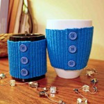 Upcycled sweater cup holder